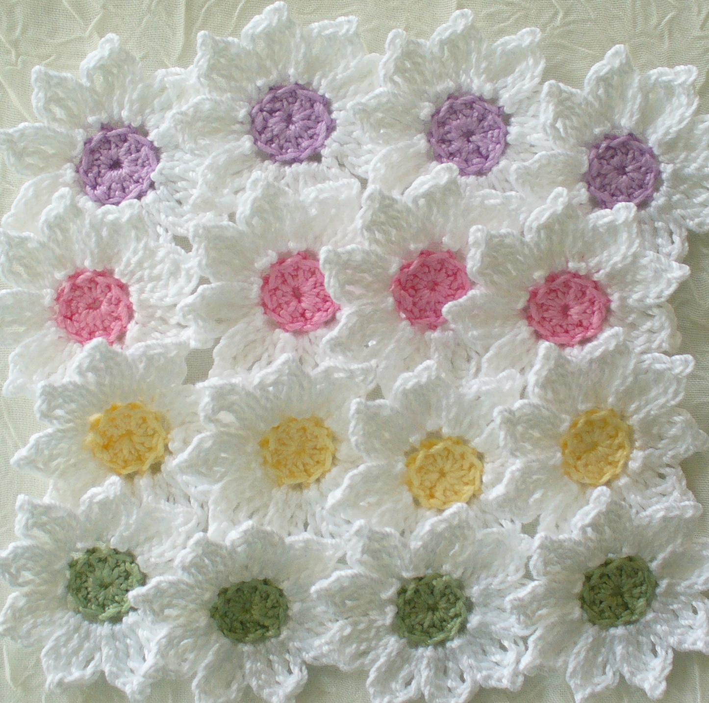 Crochet Small Daisy Flower Pattern : Fresh As A Daisy - Crochet Flowers, Appliques - Set Of 16 ...